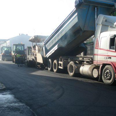 El Ayuntamiento de Villanueva de Córdoba sigue con la mejora en  asfaltado de las calles del municipio