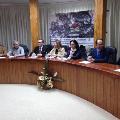La consejera de Fomento y Vivienda informa sobre el servicio de transporte a la estación de tren