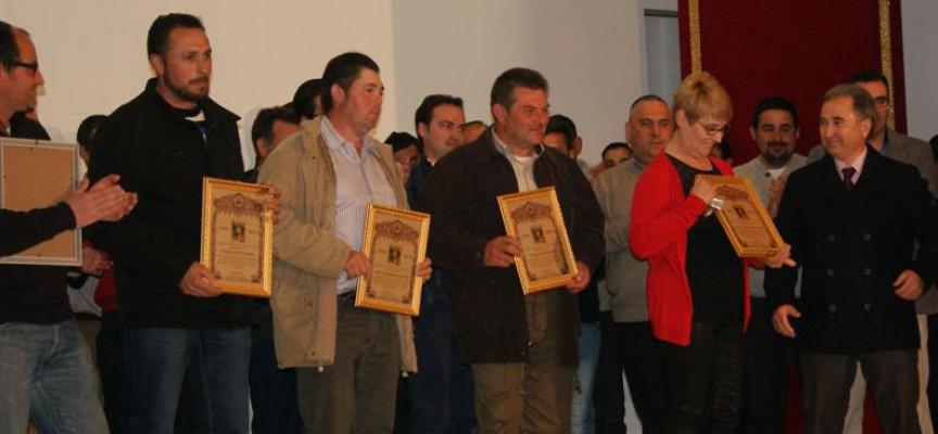 Homenaje a los costaleros del Nazareno en Villanueva del Duque