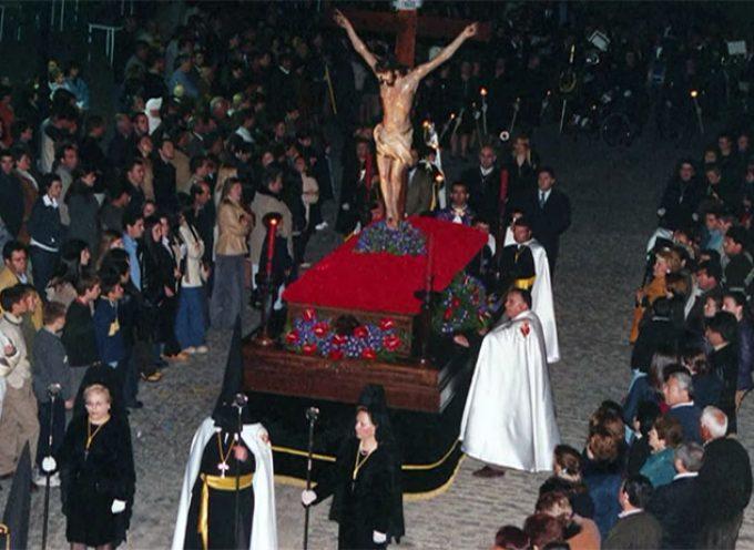 'Semana Santa en Dos Torres, donde se escucha el silencio' [vídeo]
