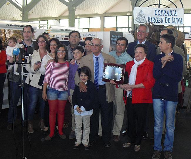 Familia-Aurelio-Moreno-premio-Confevap-2015