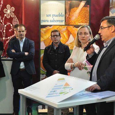 Añora presenta su oferta de suelo industrial de Palomares ante empresarios de Los Pedroches