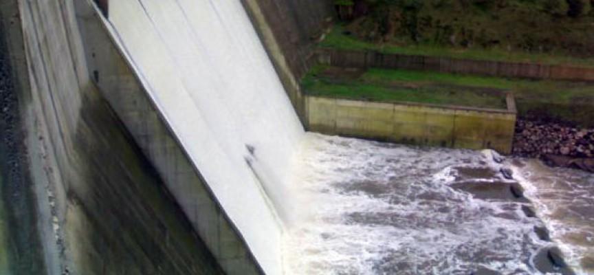 La Junta se compromete con Asaja en realizar la conexión del pantano de la Colada con el de Sierra Boyera