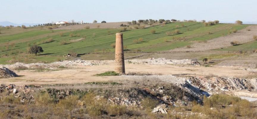 Medio Ambiente inicia este verano el sellado de doce vertederos, entre ellos el de Los Pedroches