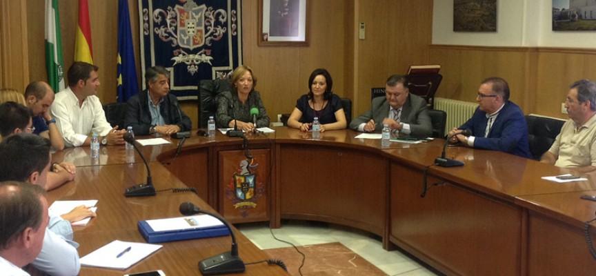 Carmen Ortiz, consejera de Agricultura, Pesca y Desarrollo Rural, visita Hinojosa del Duque