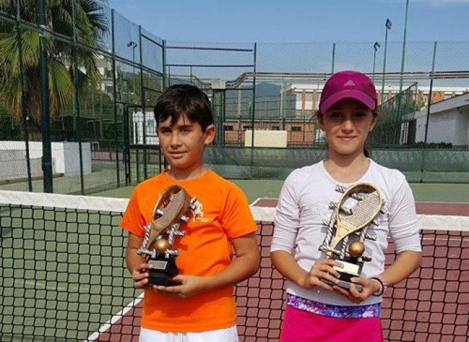 La gachera Perla Conde-Vendrell se proclama campeona en el provincial de tenis