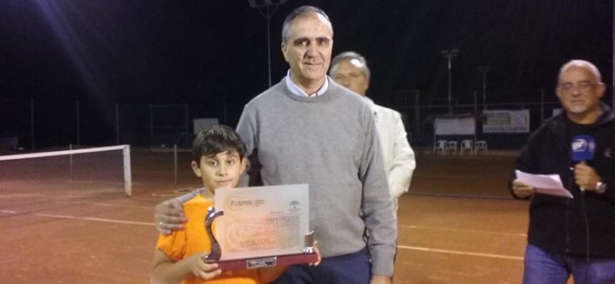 Alejandro López, del Club Tenis Pozoblanco, se ha proclamado campeón de Andalucía Sub-9