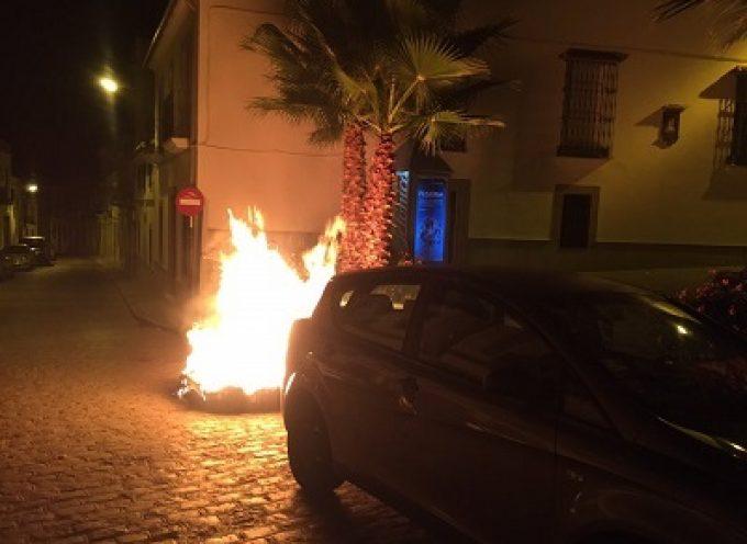 Ocho contenedores quemados en Pozoblanco, se pide colaboración ciudadana