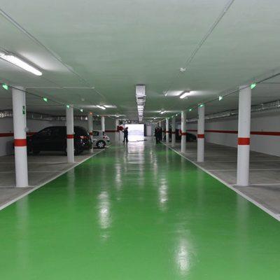 Puntos de recarga para coches eléctricos en el aparcamiento público del Bulevar de Pozoblanco
