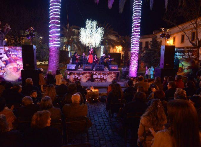 Éxito de la Zambomba Flamenca en la Plaza de Santa Catalina de Pozoblanco