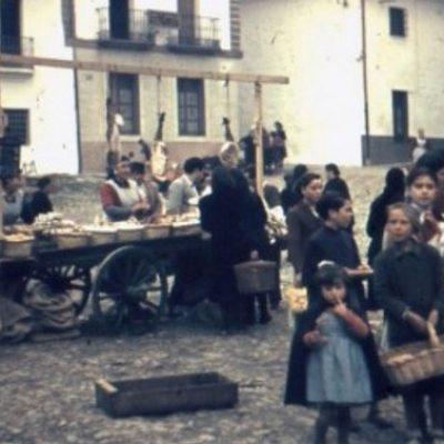 Una tertulia sobre fotografías antiguas del mercado de Pozoblanco