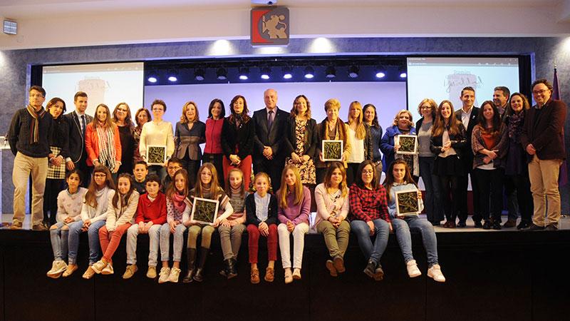 Entrega de los premios Córdoba en Igualdad 2016 a Daría Romero y a Ventana Abierta