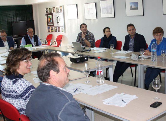 Adroches resalta la necesidad de trabajar con el tejido comarcal en la búsqueda de proyectos