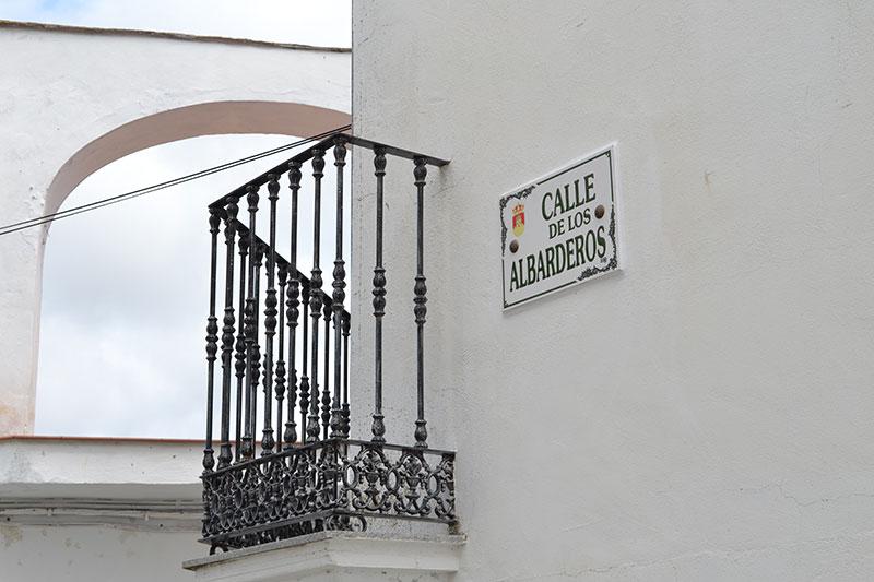 Calle de los Albarderos
