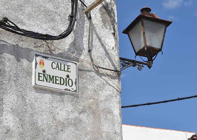 CalleEnmedio