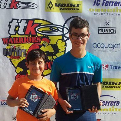 Los jóvenes tenistas Blas Ruiz y Alejandro López alcanzan la final del TTK de Sevilla