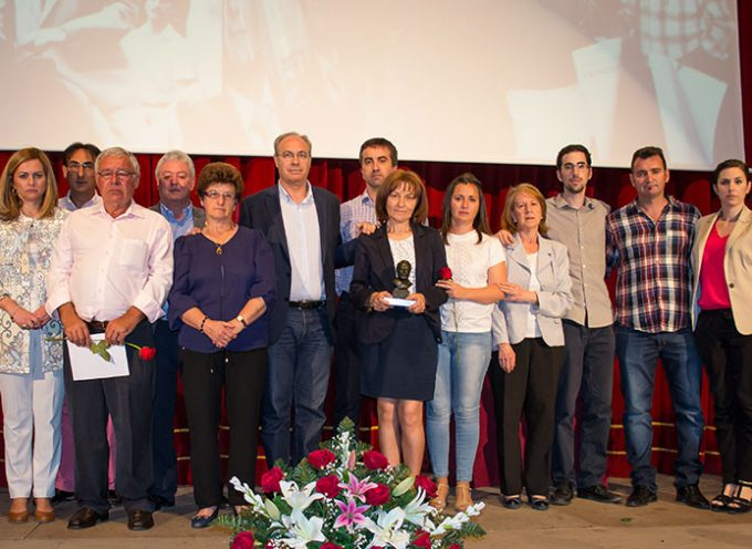 Un emotivo acto de recuerdo del PSOE de Pedroche
