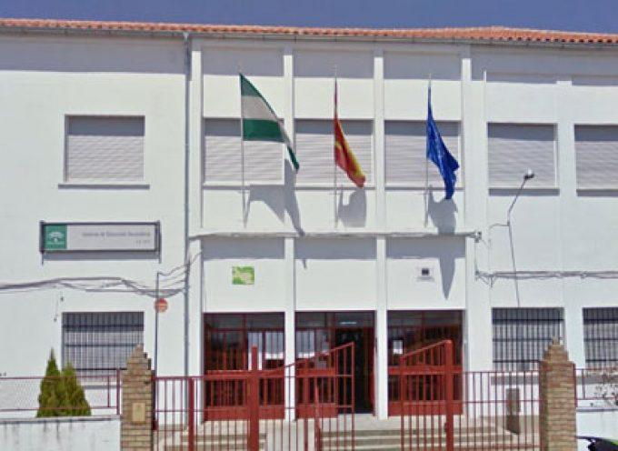 La consejera de Educación ha visitado el IES 'La Jara' de Villanueva de Córdoba