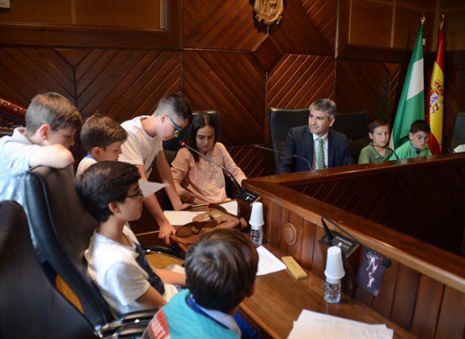 Pozoblanco celebra un Pleno infantil para conseguir ser Ciudad Amiga de la Infancia