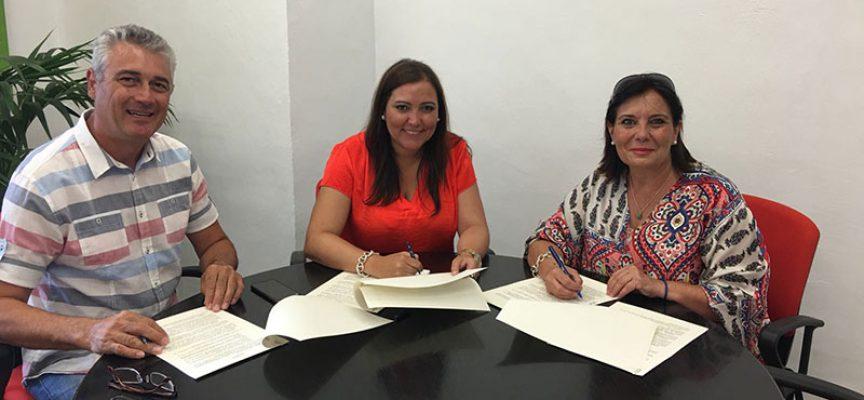 El CPDE colabora en la 'V Feria del Lechón Ibérico' de Cardeña