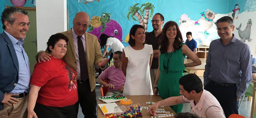 Antonio Ruiz reitera el apoyo de la Diputación a la labor que realiza PRODE