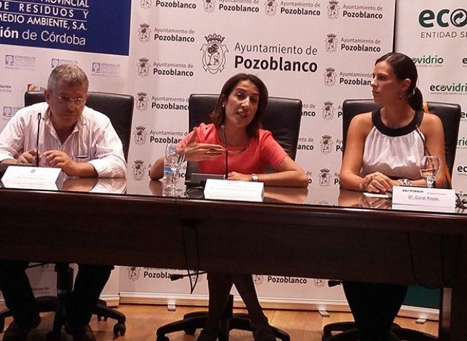 Un centenar de establecimientos de Pozoblanco se adhieren a una campaña de reciclaje de vidrio