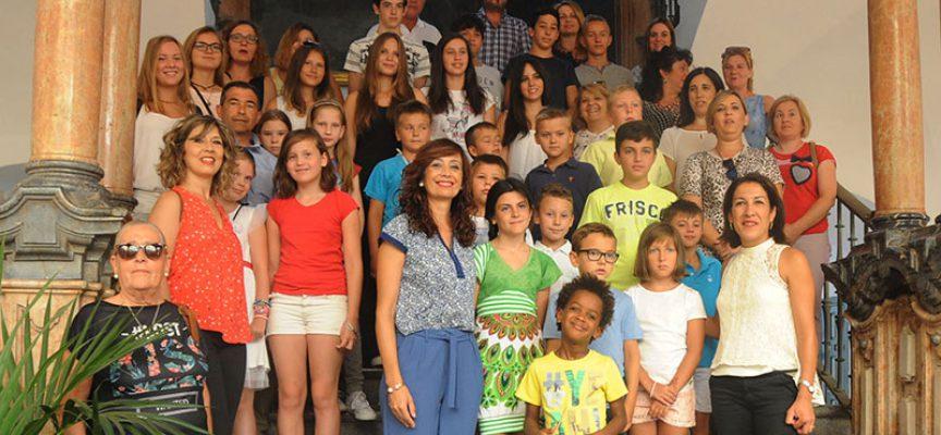 Diputación de Córdoba recibe a 31 niños y niñas acogidos por familias de Los Pedroches