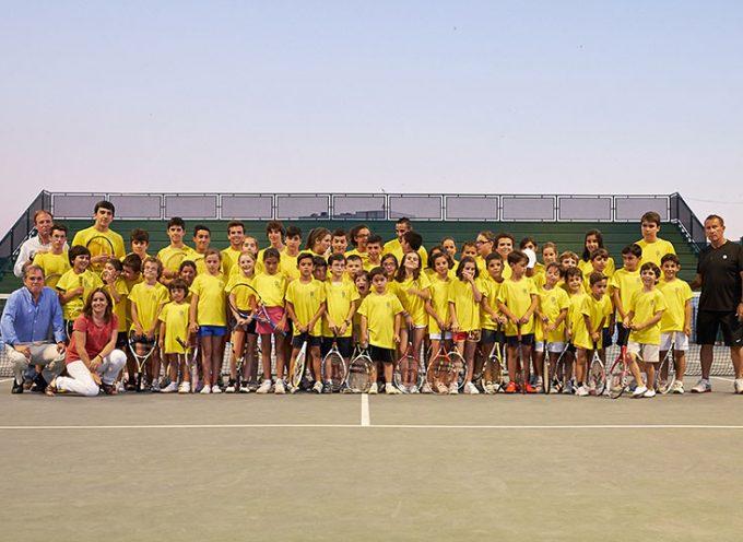 Jornada de puertas abiertas en la Escuela Municipal de Tenis de Pozoblanco