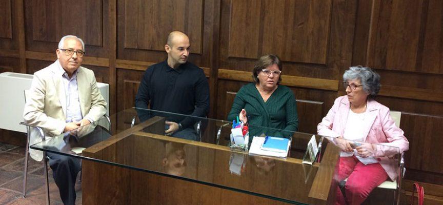 El Ayuntamiento de Villanueva de Córdoba entrega 4000 euros a Cáritas y Cruz Roja