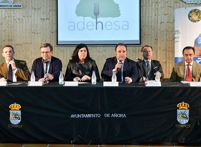 Adehesa nace como centro pionero de estudio y difusión de la gastronomía de la dehesa y el ibérico