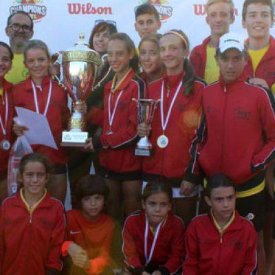 Blas Ruiz y Alejandro López en el equipo español que ha conseguido la Champions Bowl Internacional