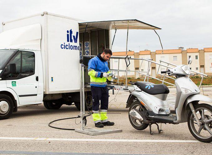 Visita de la unidad móvil de la ITV para ciclomotores a El Viso