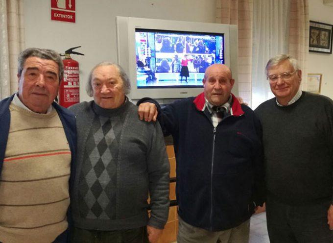 FECORAVE entrega un televisor a la Asociación de Mayores San Pedro de Villaralto