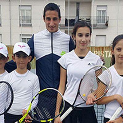 Éxitos a nivel andaluz del atletismo y tenis pozoalbense