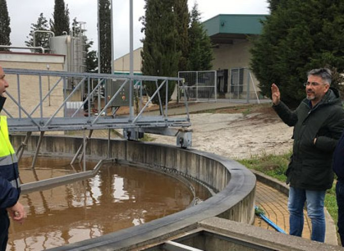 El alcalde y el concejal de Urbanismo de Pozoblanco visitan la depuradora de Covap