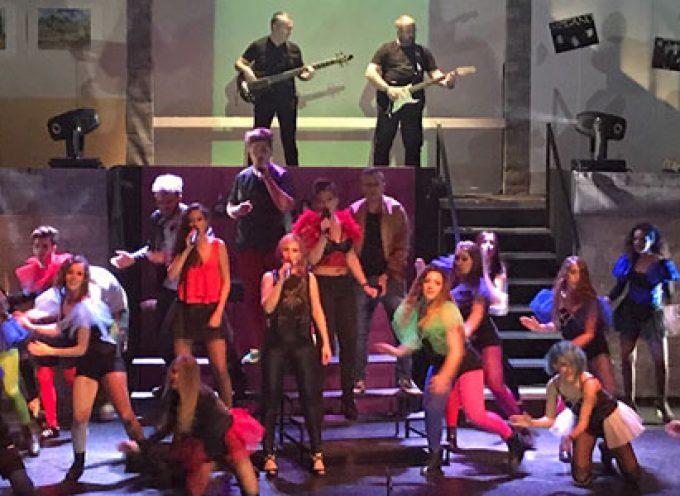 La Escuela Municipal de Artes Escénicas de Villanueva de Córdoba ofrecen un musical tributo a Mecano