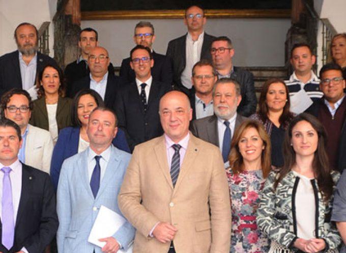 Diputación y agrupaciones de cofradías colaborarán en la difusión de la Semana Santa de la provincia