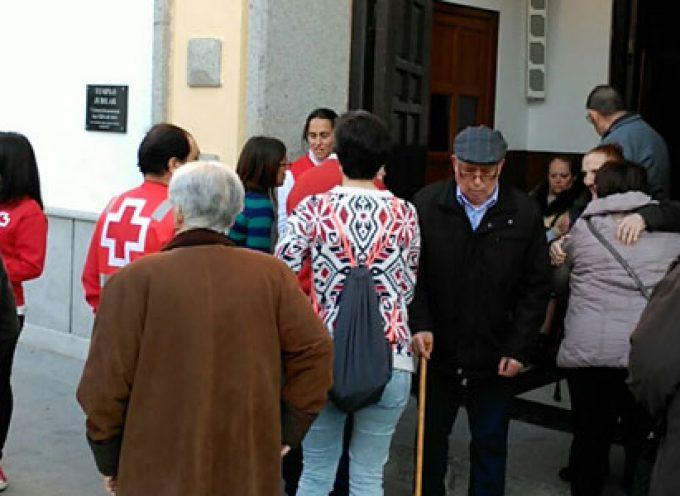 Cruz Roja en Hinojosa del Duque acompaña a los mayores a vivir la Semana Santa