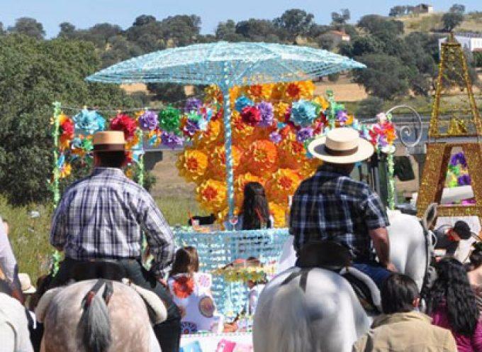 Las carrozas de la romería de la Divina Pastora de Villaralto