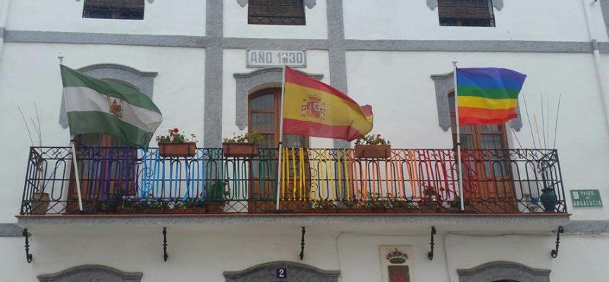 Ayuntamientos de Los Pedroches muestran su apoyo al colectivo LGTBI [imágenes]
