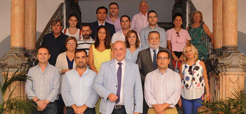 Reunido el Consejo de Alcaldes para analizar la ejecución de los programas y planes más relevantes para los municipios