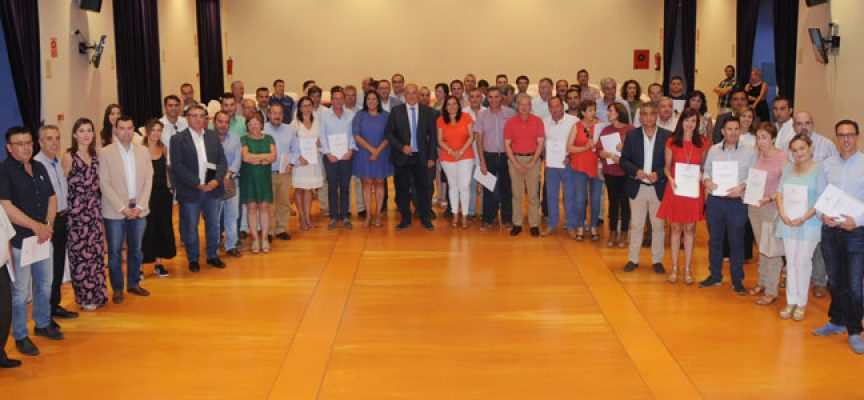 Los 74 municipios y 6 ELAs de la provincia firman los convenios del Programa de Concertación y Empleo 2017