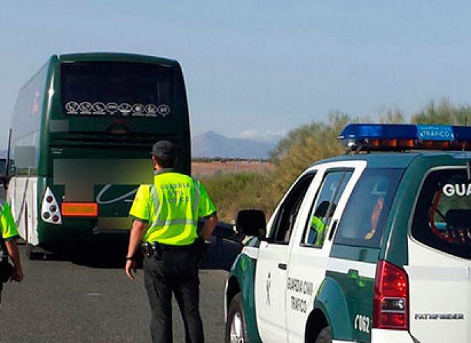Un autobús, que partía desde Hinojosa del Duque, inmovilizado por un positivo en drogas del conductor
