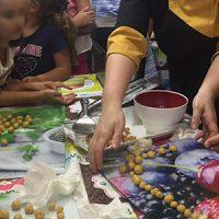 En Agrovap, diferentes talleres enseñan a elaborar dulces, jabones y cremas