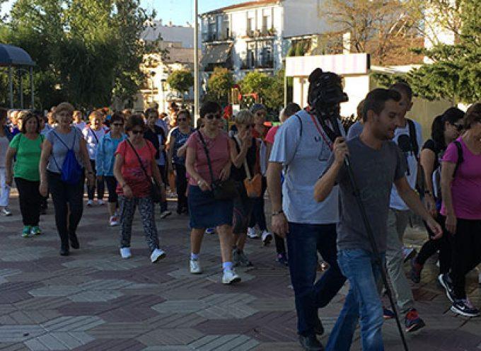 Más de 80 personas participan caminando en la actividad matutina 'Los lunes por tu salud' en Pozoblanco