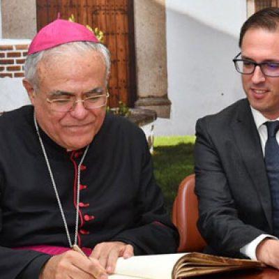 IU exige a la Delegación de Educación que paralice el acto previsto mañana en Pozoblanco con el Obispo