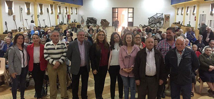 La delegada de Igualdad, Salud y Políticas Sociales ha inaugurado la Semana del Mayor 2017 de Pedroche