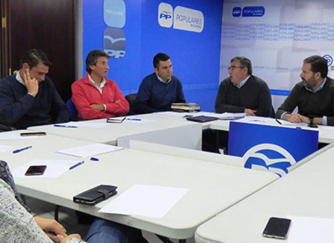 Los alcaldes del PP preocupados por los Ayuntamientos y los trabajadores de la ayuda a domicilio