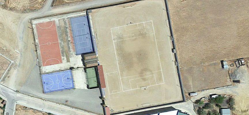 Comienzan las obras de colocación de césped artificial en el campo de fútbol  de Villanueva del 598797cfe57d4