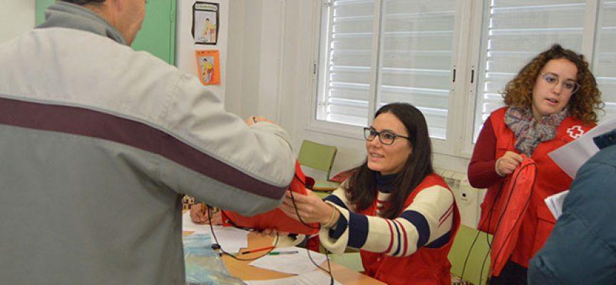Cruz Roja reparte material escolar en Belalcázar, Pozoblanco y Cardeña